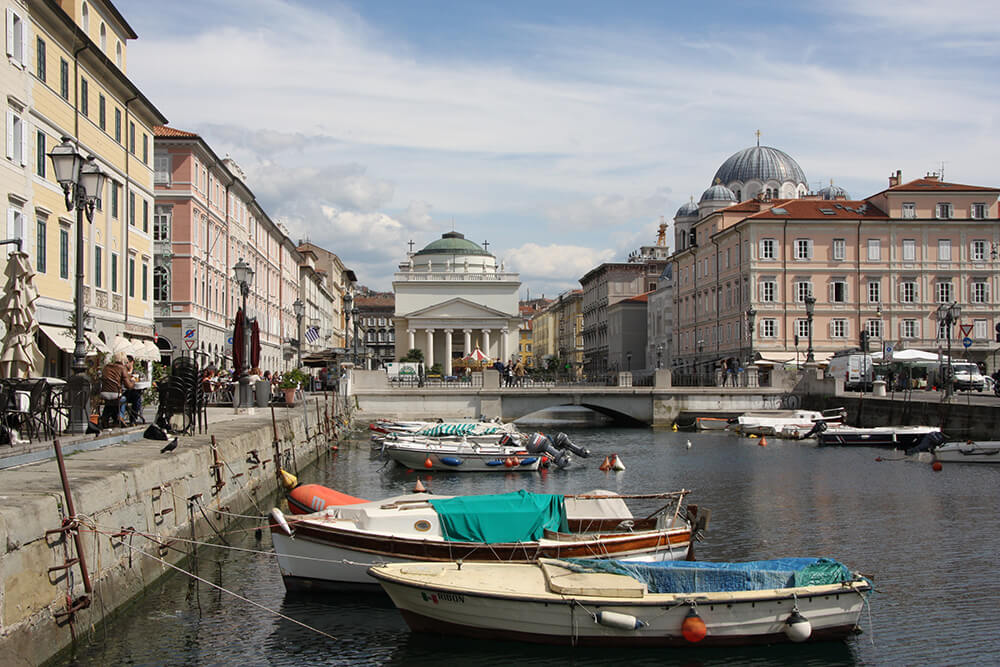 Boote in Trieste